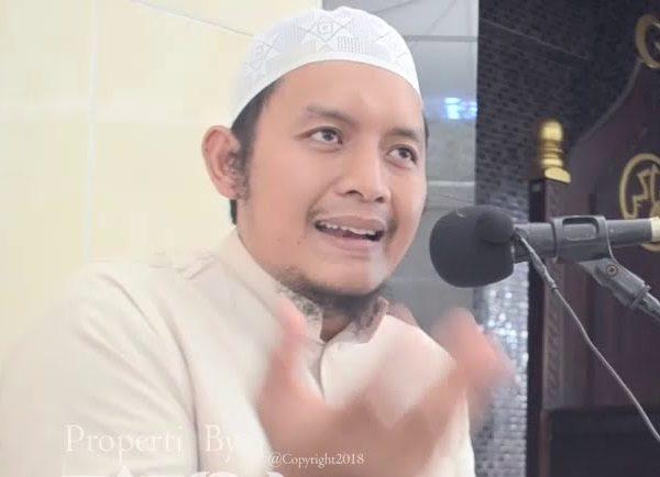 PELAJARAN DARI SURAH LUQMAN AYAT 16 (Imam Abu Abdillah)